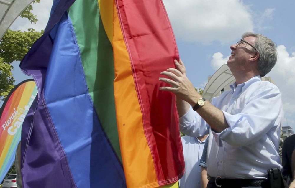 Alcalde de importante ciudad en Canadá salió del clóset como gay
